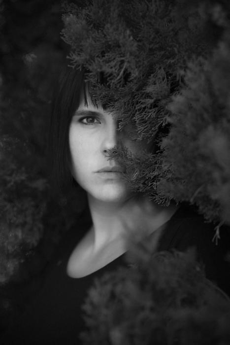 01 - Simona Poncia Portrait