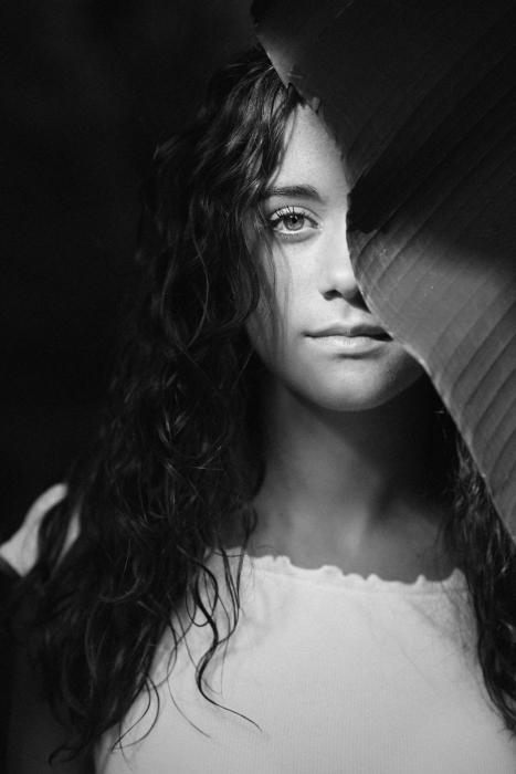 Simona Poncia Portrait - MELISSA 1