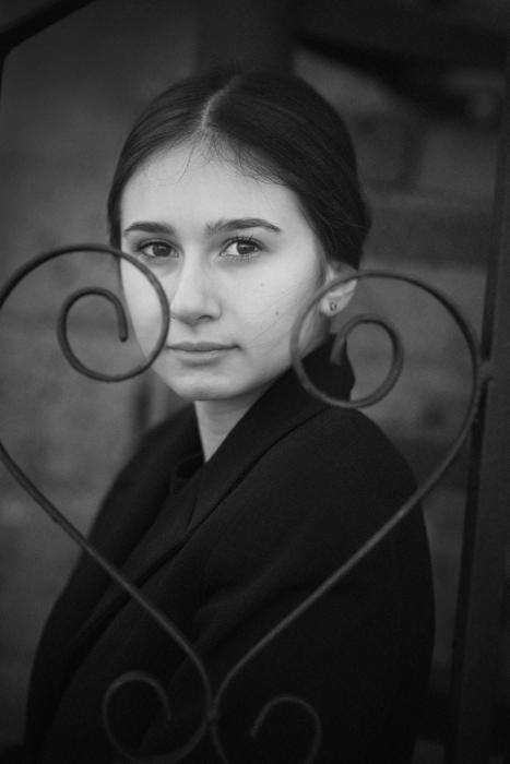 Simona Poncia Portrait - Sofia1