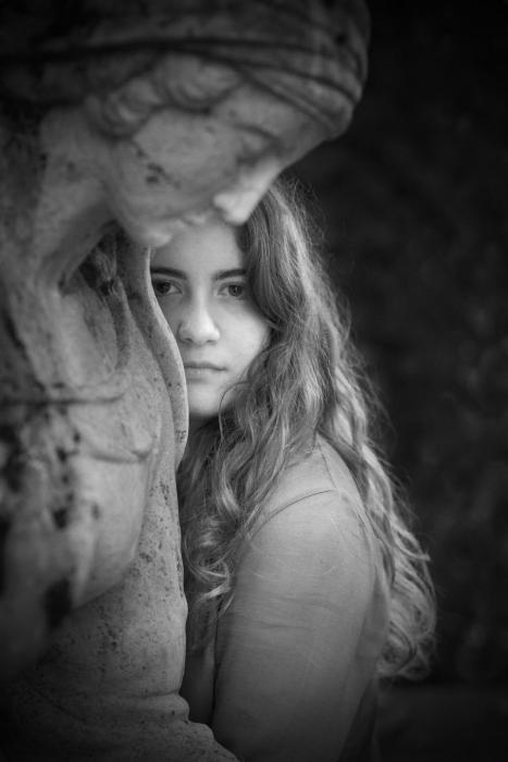 Simona Poncia Portrait - Sofia2